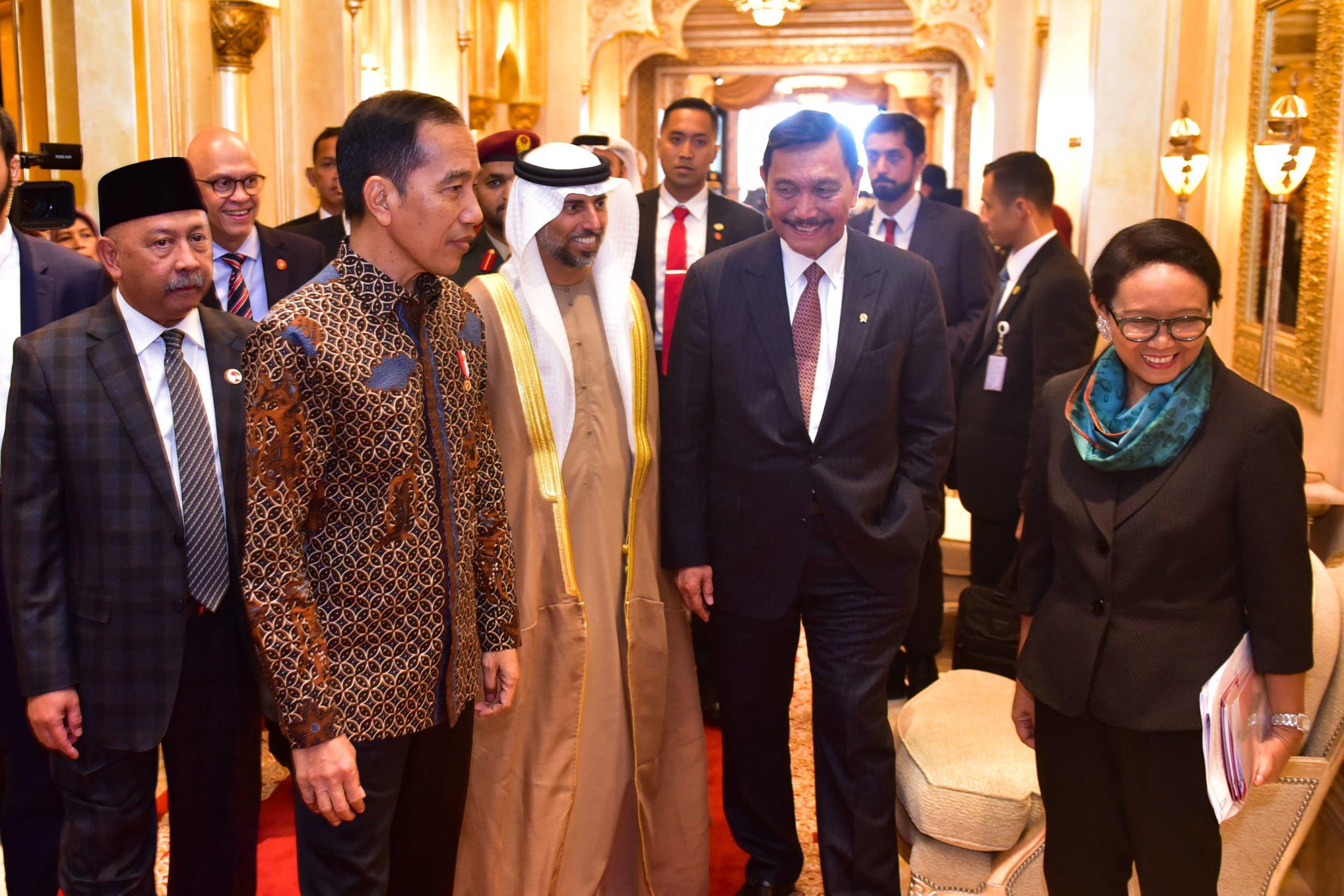 Tiba di Abu Dhabi, Presiden Jokowi Langsung Melakukan Pertemuan Bilateral 101