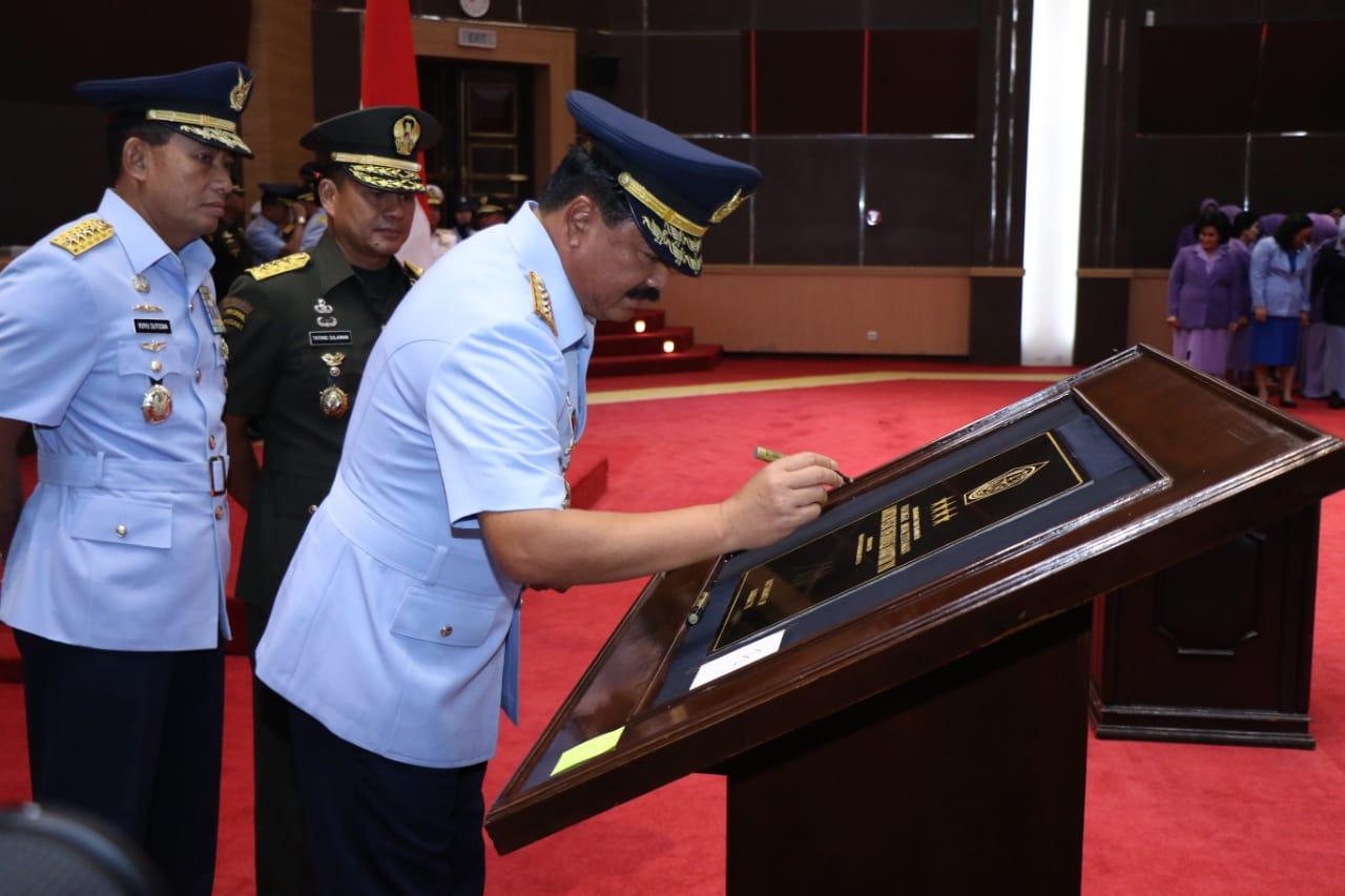 Panglima TNI Resmikan Pusat Informasi Maritim 113