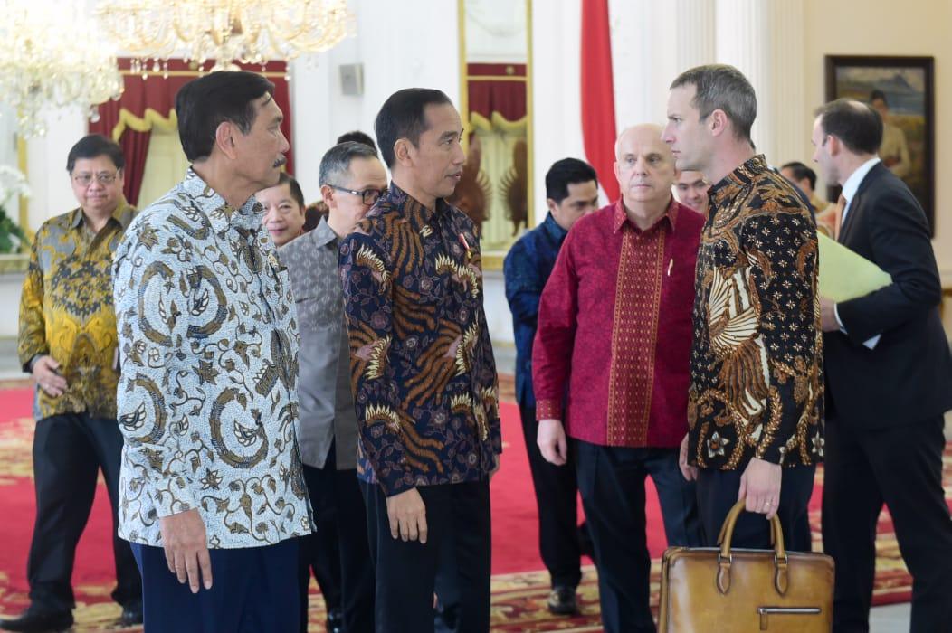 Terima Delegasi SoftBank dan DFC, Presiden Bicarakan Peluang Investasi di Indonesia 101