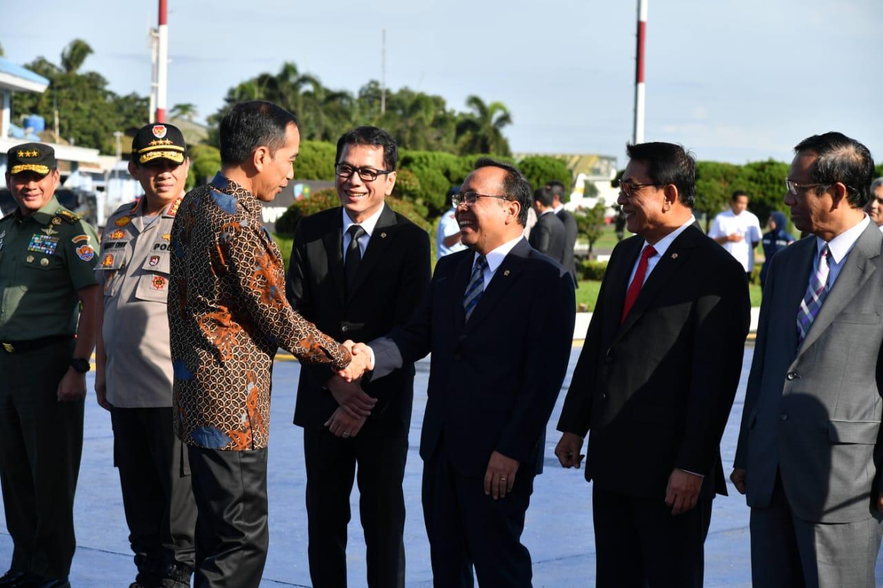 Presiden Jokowi Bertolak ke Abu Dhabi, Bahas Investasi dan Jadi Pembicara Kunci 101