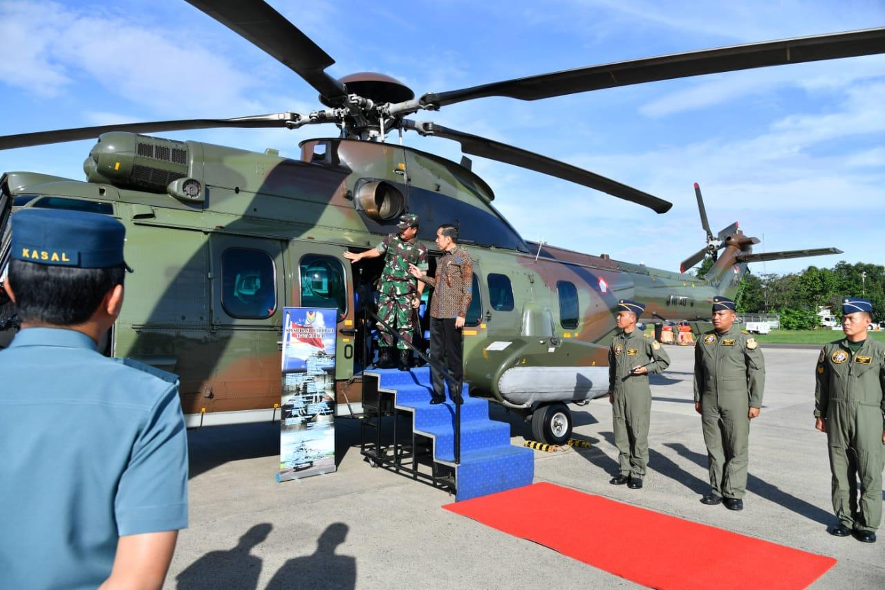 Presiden Tinjau Helikopter Caracal di Halim Perdanakusuma 114