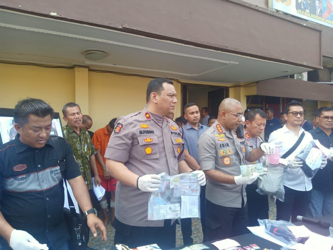 Berhasil Ringkus 4 Begal Sadis , Kapolrestabes Medan Apresiasi Kinerja Polsek Medan Baru 113