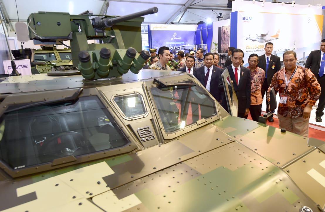 Presiden Dorong Efisiensi Pemanfaatan Anggaran Militer dengan Hidupkan Industri Strategis Indonesia 114