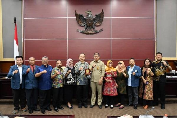 Studi Hukum Tata Negara, Unitomo Surabaya Berkunjung Ke MPR 113