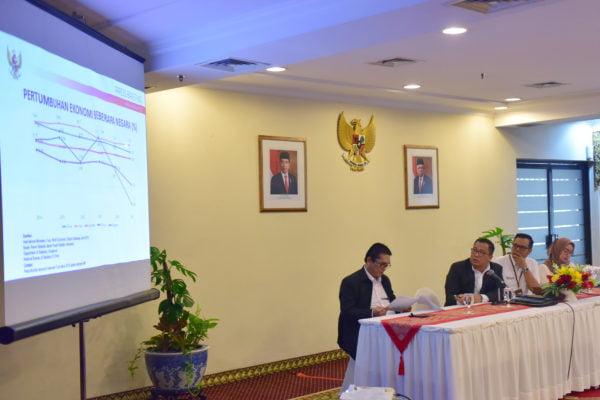 Stafsus Presiden Arif Budimanta Jelaskan Strategi Pendorong Pertumbuhan Ekonomi Tahun 2020 101