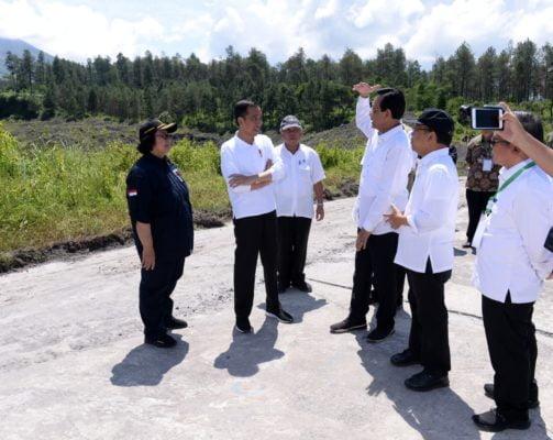Presiden Jokowi Tinjau Sabo Dam Kali Putih 102