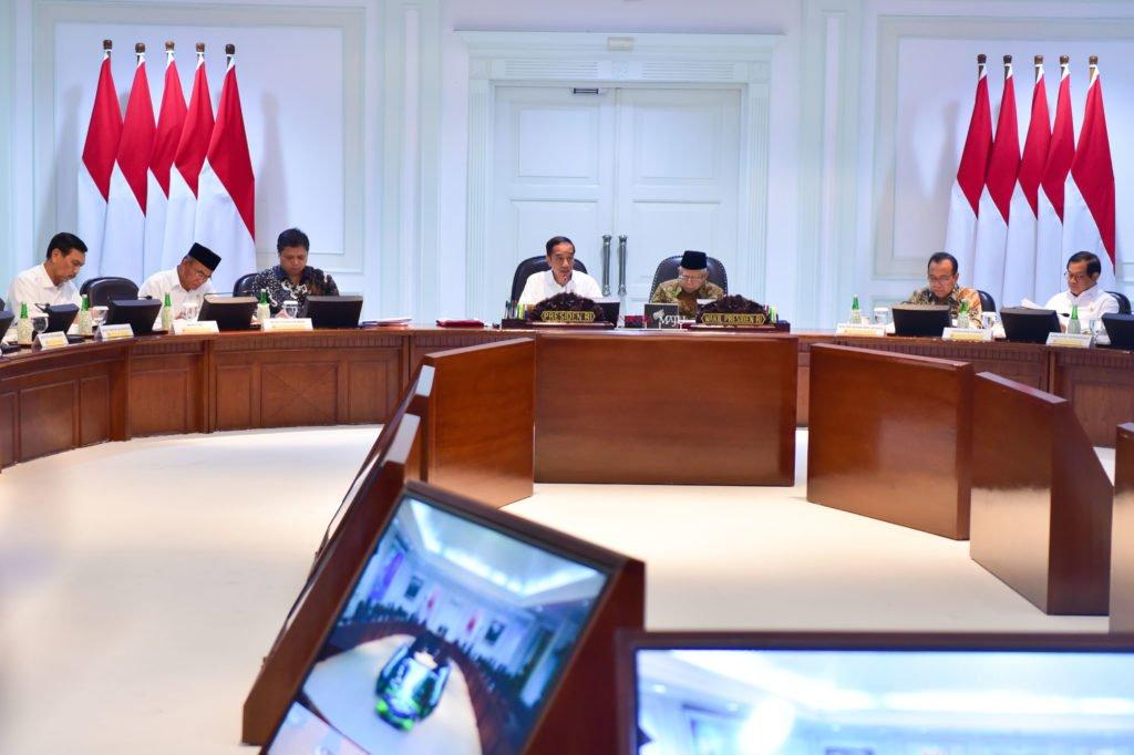 Presiden Jokowi: Hasil Lembaga Riset dan Universitas Harus Tersambung Dunia Industri 111