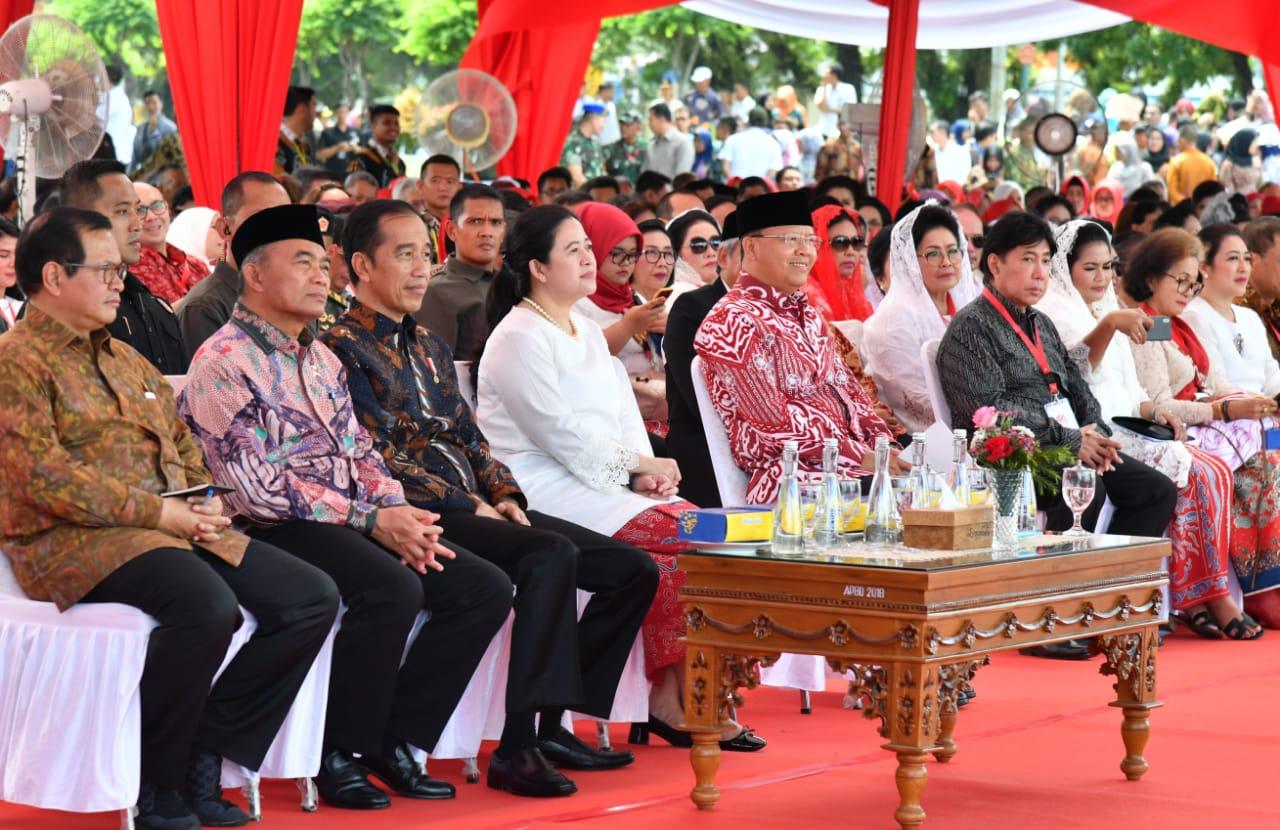 Resmikan Monumen Fatmawati, Presiden: Bukti Rasa Hormat Kita Atas Perjuangan Beliau 113