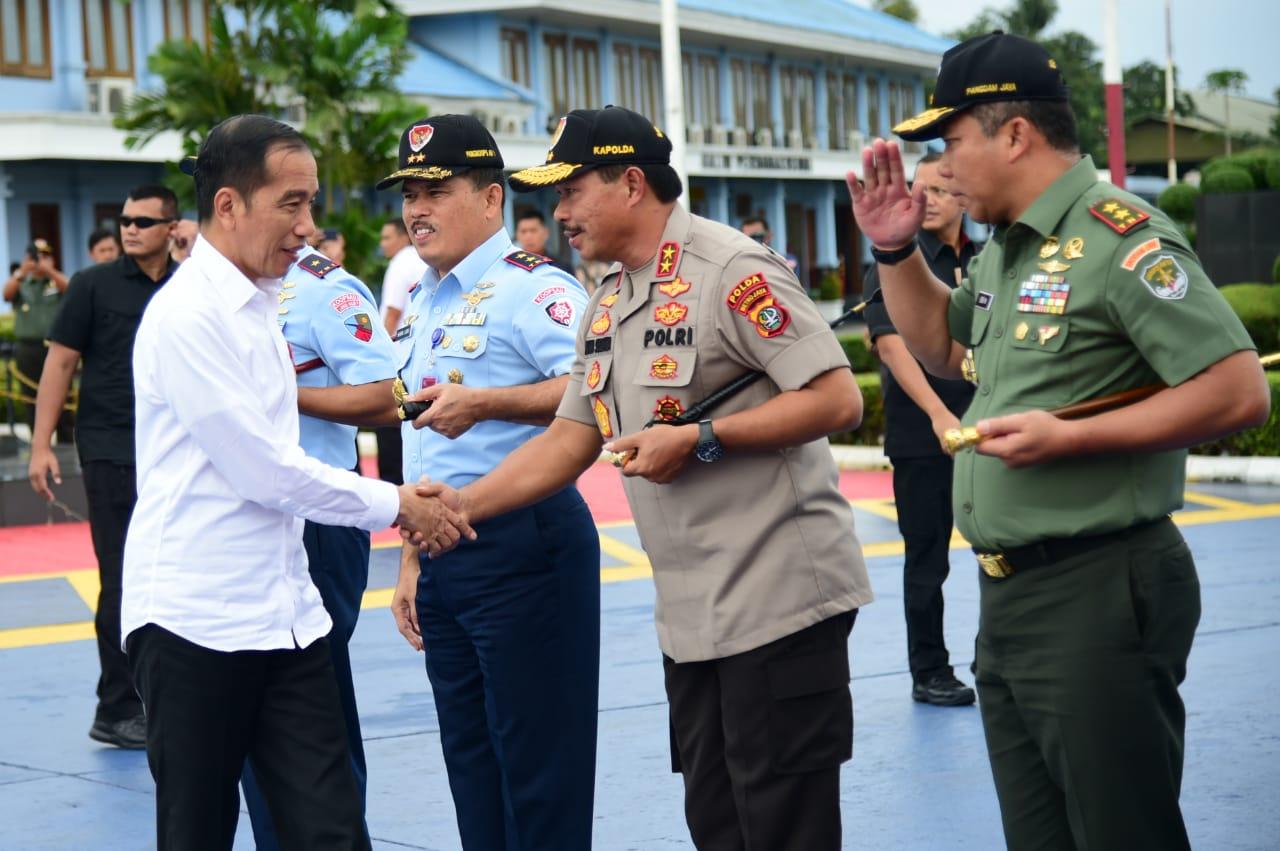 Bertolak ke Banjarbaru, Presiden Akan Resmikan TPA Sampah Regional Banjarbakula 112