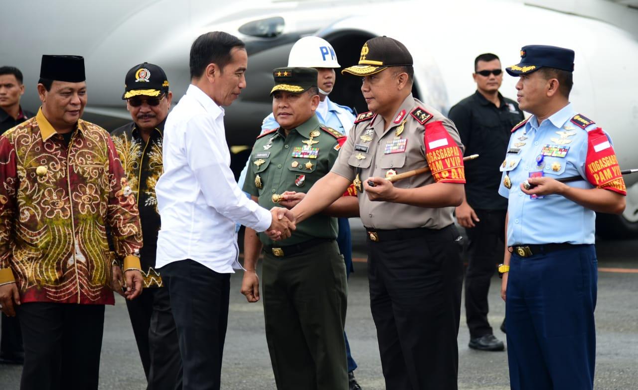 Bertolak ke Banjarbaru, Presiden Akan Resmikan TPA Sampah Regional Banjarbakula 111