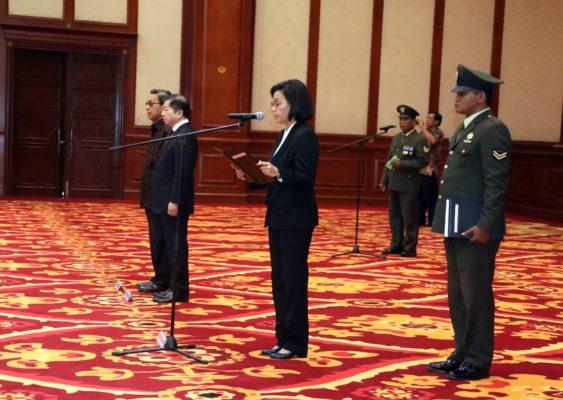 Menteri PPN/Kepala Bappenas Hadiri Upacara Pelepasan Jenazah Prof JB Sumarlin 114