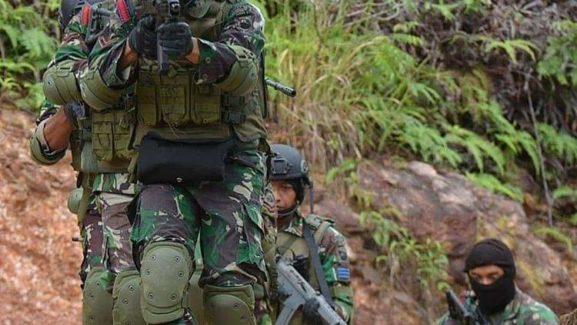 Kontak Tembak Saat KKSB Serang Pos TNI Di Kenyam, 2 Orang Luka 1 Meninggal Dunia