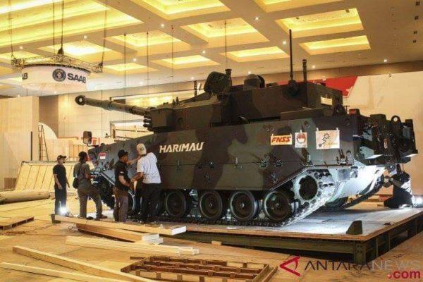 Pindad Pamerkan Medium Tank Harimau ke Kementerian Pertahanan Filipina 101
