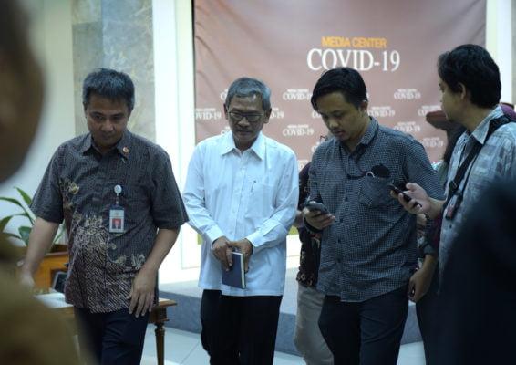 Jubir Penanganan Covid-19 : Tantangan Membangun Edukasi Masyarakat untuk Tidak Menjadi Sakit dan Panik 113