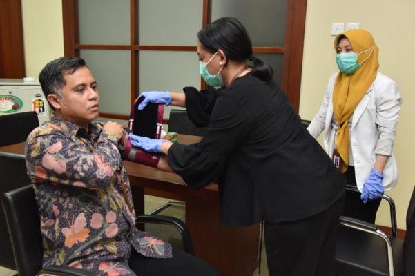 Cegah Penyebaran Covid-19, Sekretariat Kabinet Laksanakan Vaksinasi Influenza 101