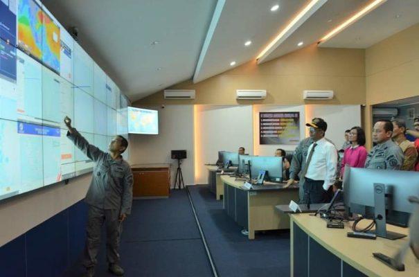 Menko Polhukam Mahfud MD Kunjungi Puskodal Bakamla RI 114