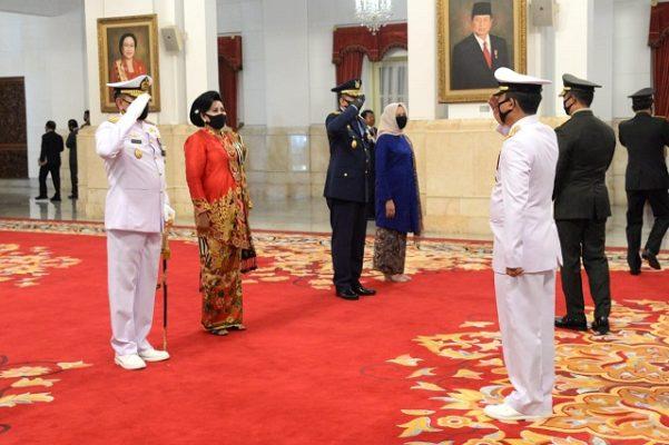 Presiden Jokowi Lantik KSAL dan KSAU di Istana Negara 114