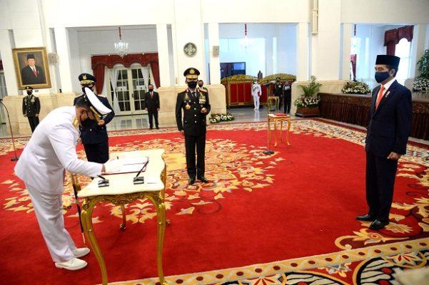 Presiden Jokowi Lantik KSAL dan KSAU di Istana Negara 113