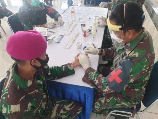 Cegah Klaster Baru, Marinir Laksanakan Rapid Test Jelang Mendarat di Dabosingkep 113