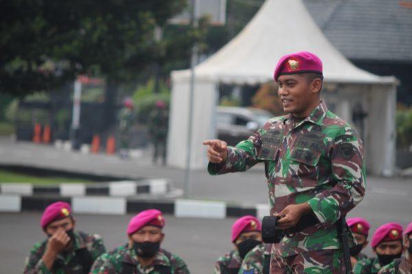 Dankima Brigif 1 Mar Memberikan Motivasi Dan Pembinaan Melalui Jam Komandan 109