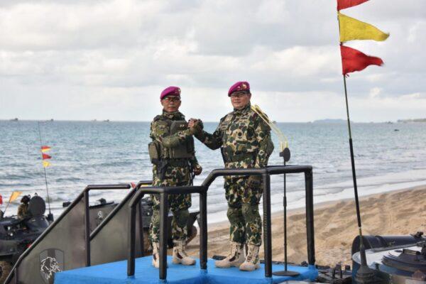 Kasal Jadi Warga Kehormatan Korps Marinir 113
