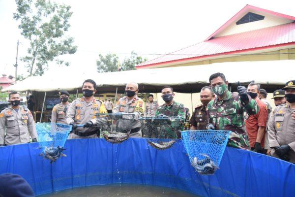 Sinergitas TNI-POLRI Menjaga Ketahanan Pangan di Tengah Pandemi 113