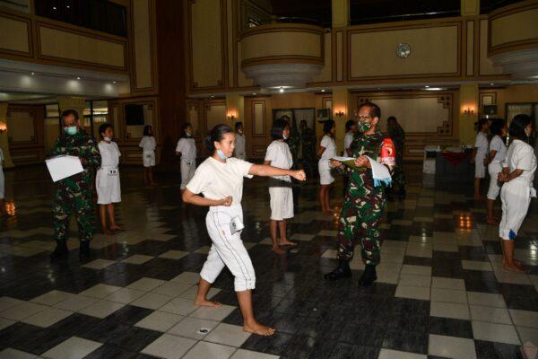 408 Pendaftar Bintara PK TNI-AD Reguler Wanita, Pangdam : Kita Hanya ingin Calon yang Berkualitas 113