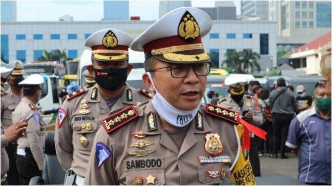 Di Tiga Hari Pertama, Polisi Belum Tilang Pelanggar Ganjil – Genap di Jakarta 113