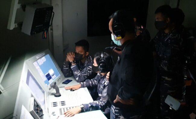 Jaga Kedaulatan, KRI R.E. Martadinata-331 Laksanakan Simulasi Penembakan Rudal Dengan KRI DPN-365 113