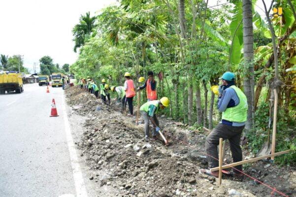 Kementerian PUPR Mulai Perluasan Program Padat Karya Tunai di 34 Provinsi/ 113