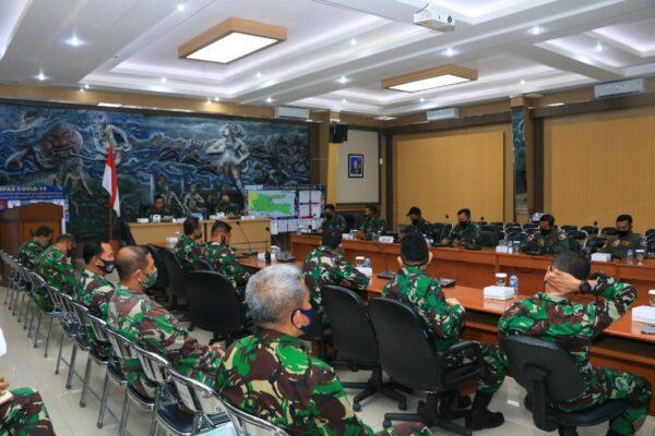 Komandan Lanud Abdulrachman Saleh Menerima Tim Sosialisasi Sistem Pengendalian Intern Pemerintah 113
