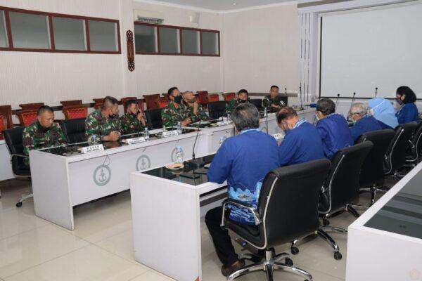 Lantamal V Terima Kunjungan Kerja Ketua Persatuan Purnawirawan Angkatan Laut Wilayah Surabaya 113