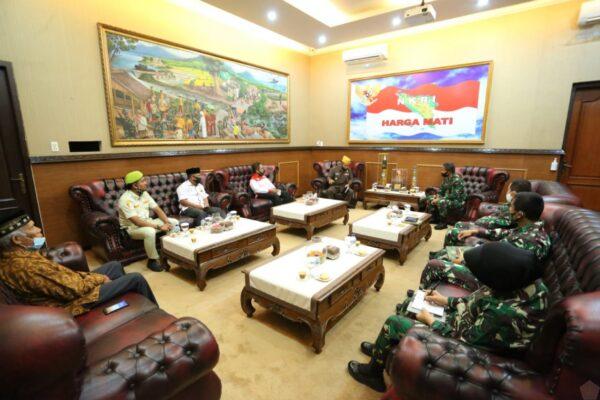 Pangdam IM Terima Audiensi Pengurus LVRI Aceh 113
