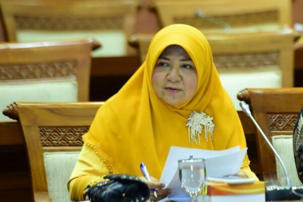Komisi VI DPR RI : Pemerintah Harus Percepat Realisasi Penyaluran Bantuan UMKM Terdampak Covid-19 111