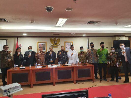 Fachrul Razi Pimpin Sidang Ketua Komite I DPD RI Periode 2020-2021 113