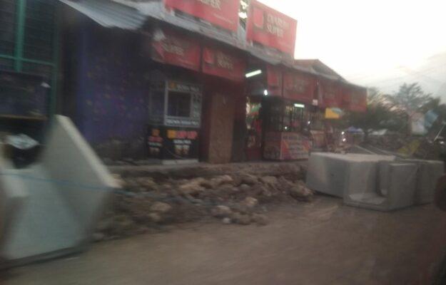 Galian Drainase di Banjarsari Mengancam Pengguna Jalan 114