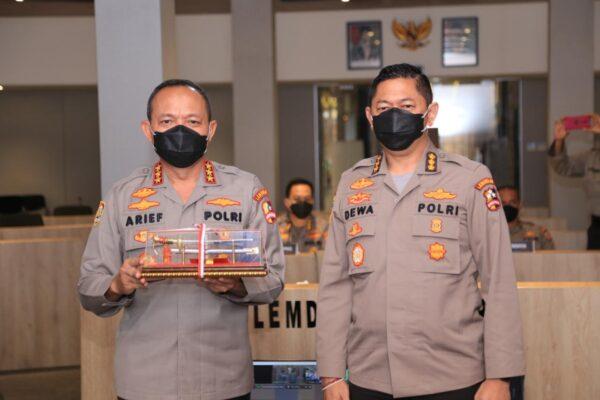 Kalemdiklat Polri Memberikan Pembekalan Kepada Calon Perwira Sekolah Inspektur Polisi Angkatan 49 Tahun 2020 114
