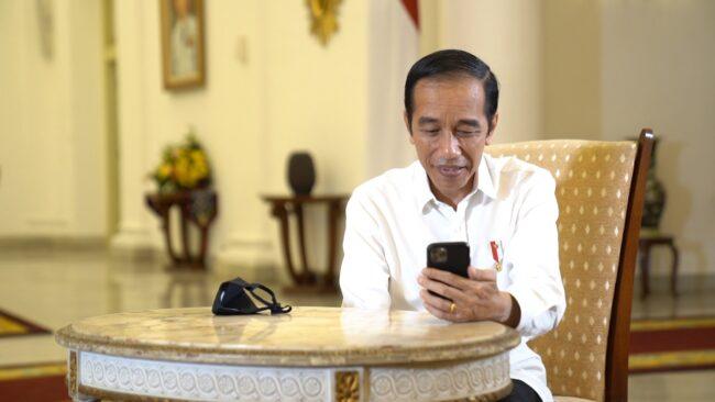 Berbincang dengan Dokter Paru, Presiden: Saya Bisa Bayangkan Betapa Berat Tangani Covid-19 113