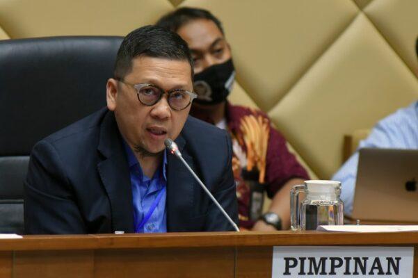 Komisi II Apresiasi Mendagri Terapkan 'Reward and Punishment' kepada Kepala Daerah 113