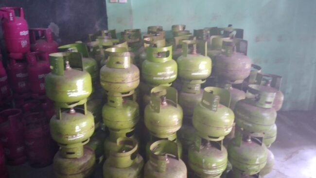 Warga Resah, Gas Elpiji 3 Kg Mahal dan Langka di Ciamis 113