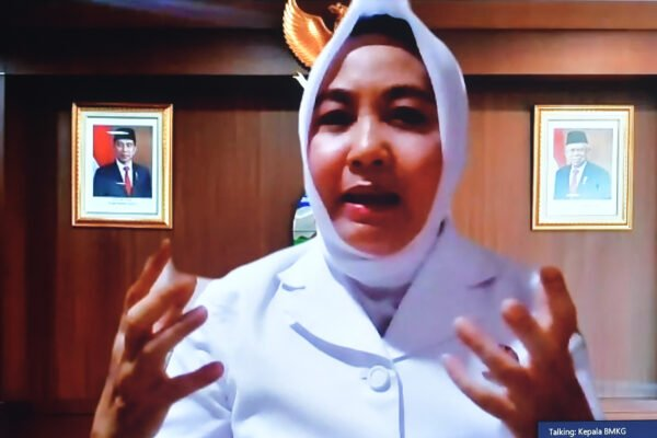 Hadapi Fenomena La Nina, Kepala BMKG Minta Masyarakat Pantau Aplikasi Peringatan Dini 113