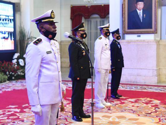 Presiden : Sinergi Adalah Kunci Membangun Kekuatan Pertahanan yang Kokoh dan Efektif 110