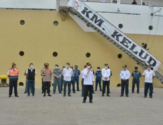 Libur Panjang, Menhub Cek Penerapan Protokol Kesehatan di Pelabuhan Tanjung Priok 113