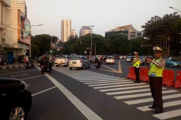 Polda Metro Jaya Lakukan Rekayasa Lalu Lintas di Sekitar Istana Negara 111