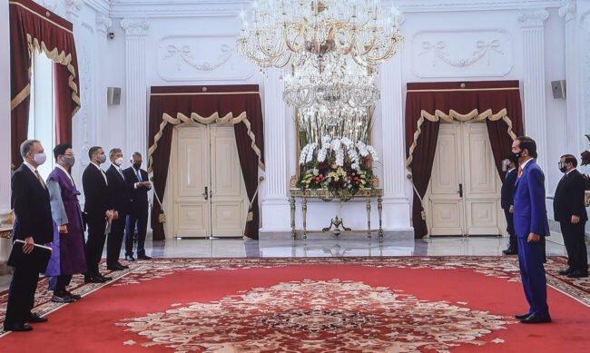 Presiden Jokowi Terima Surat Kepercayaan 7 Duta Besar Negara Sahabat 113