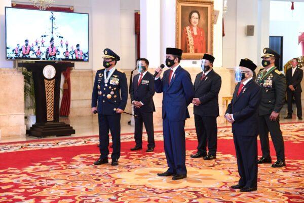 Presiden : Sinergi Adalah Kunci Membangun Kekuatan Pertahanan yang Kokoh dan Efektif 113