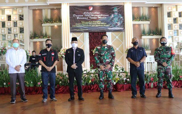 Ketum PPWI Berikan Sambutan pada Silahturahmi Danrem 052/Wijayakrama dengan Insan Media 114