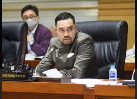 Kata Komisi III DPR : FPI Jangan Sebar klaim Berita, bila Bohong Dapat dipidanakan 113