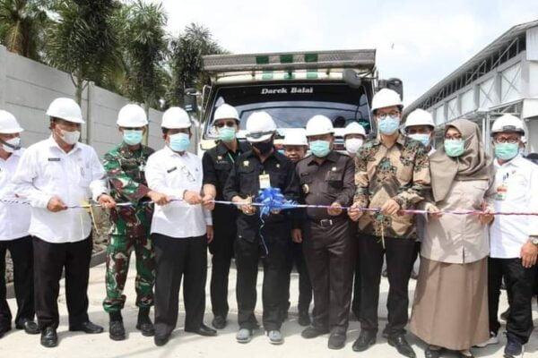 Mentan Lepas Ekspor Perdana Larva Kering Riau ke Inggris 113