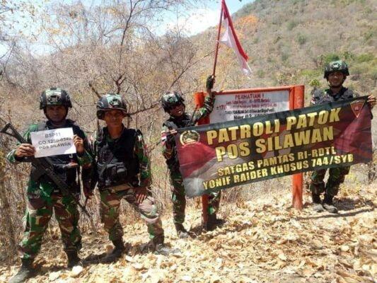 Patroli Patok Batas Negara, TNI Temukan Patok Hilang Akibat Terbawa Luapan Arus Sungai 113